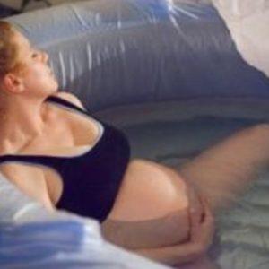 Aqua yoga και φυσικός τοκετός
