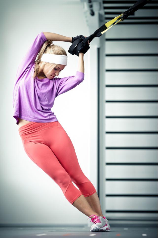 Χτίσε τέλεια πόδια με 3 απλές ασκήσεις TRX